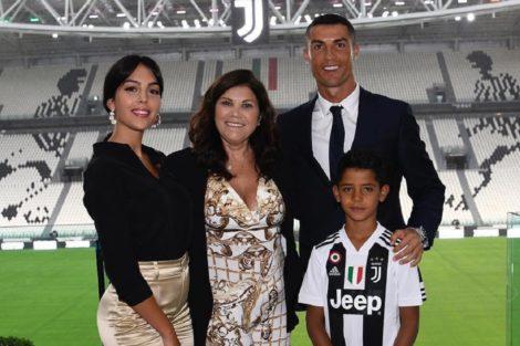 GeorginaRodrigues CristianoRonaldo DoloresAveiro Juventus