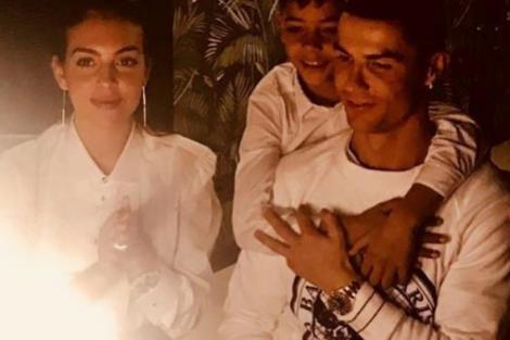 Cristiano Ronaldo 1 Ronaldo Celebra 34 Anos Em Família