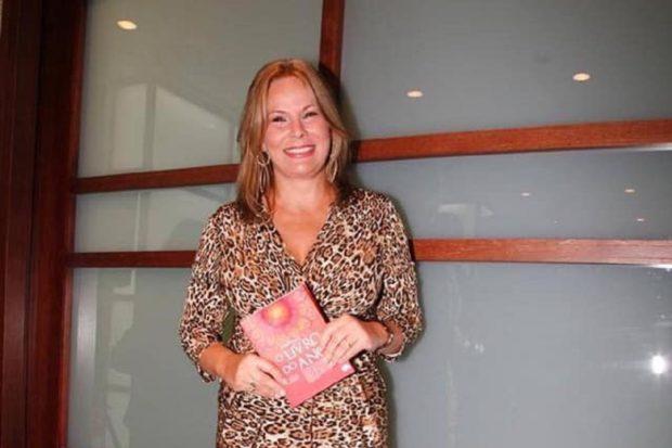 Cristina Caras Lindas