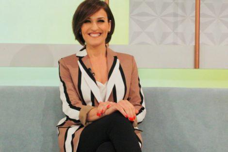 54511446 139820417054890 5189381363386812271 N Fátima Lopes Regressa Às Vitórias Frente A Júlia Pinheiro