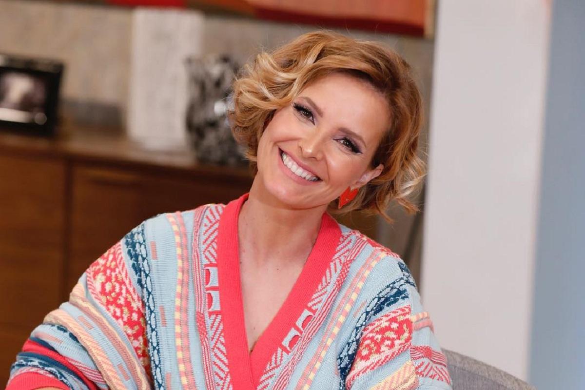 Cristina Ferreira 13 Cristina Ferreira Recebe Oferta Muito Especial No Programa Da Sic