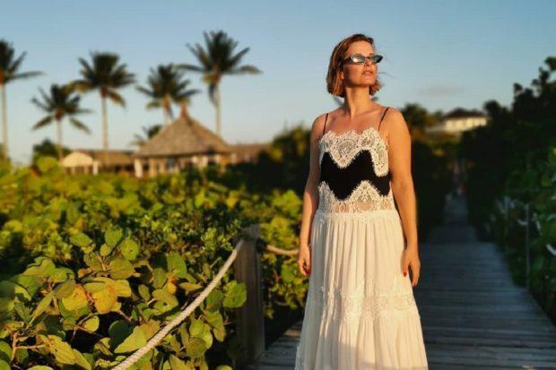 Cristina Ferreira Ilhas Turcas Cristina Ferreira Arrasa Nas Caraíbas! Descobre Aqui O Preço De Alguns Visuais
