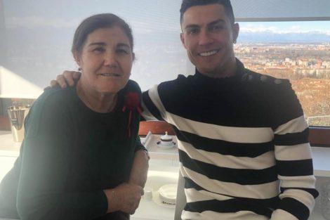"""Dolores Cristiano Ronaldo Recebe Apoio Da Família: """"Cabeça Erguida!"""""""