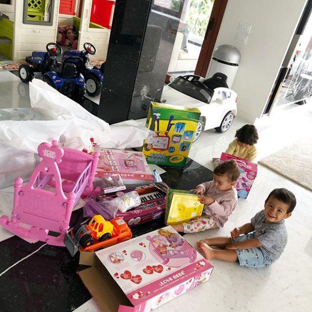 59927152 171804963829284 8513433138510370131 N Georgina Rodriguez Mostra Brinquedos Novos Para As Crianças E É Arrasada