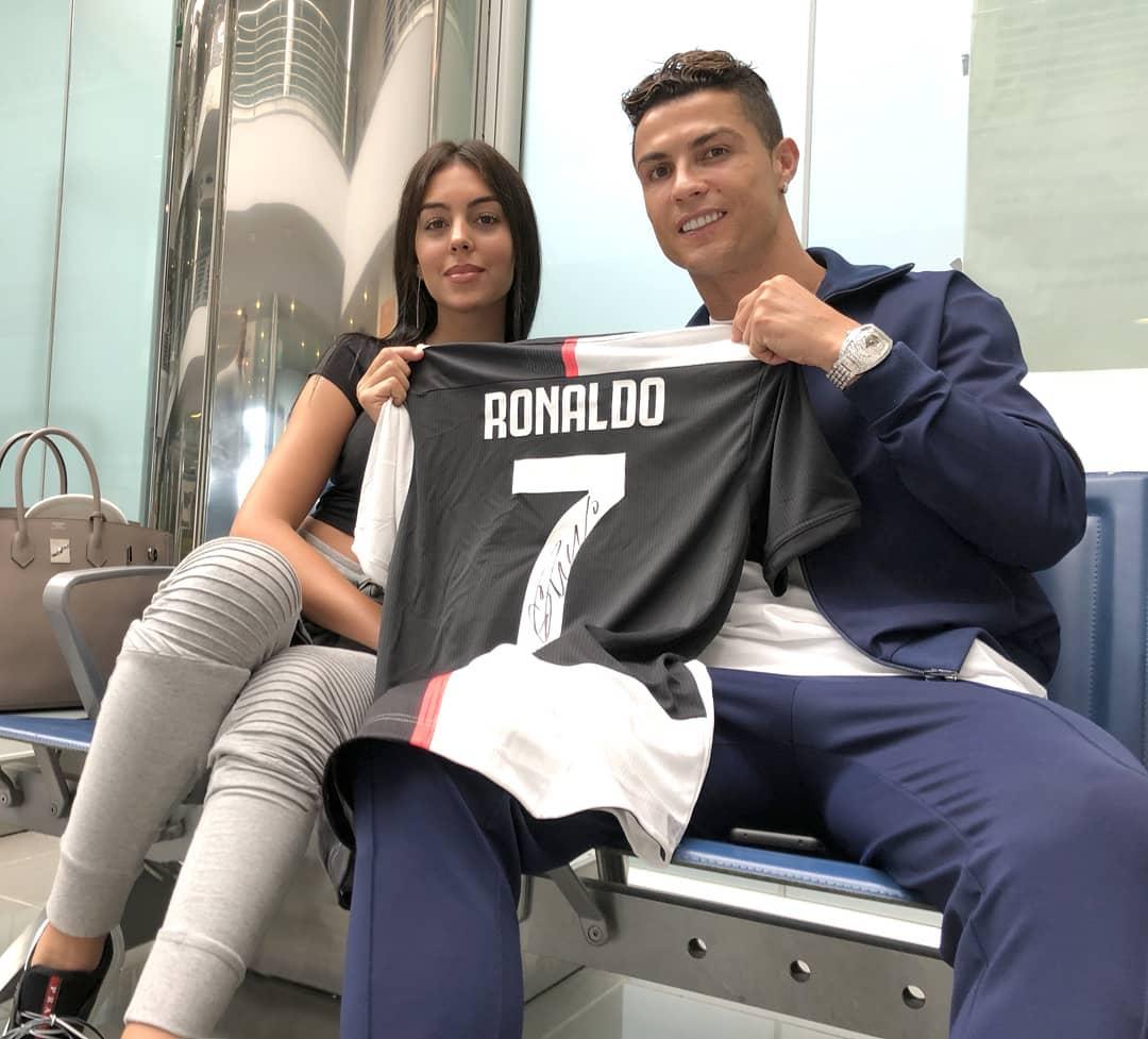 60153131 2273964186264790 5863308489563402336 N Georgina Rodríguez E Cristiano Ronaldo Aderem A Causa De Solidariedade