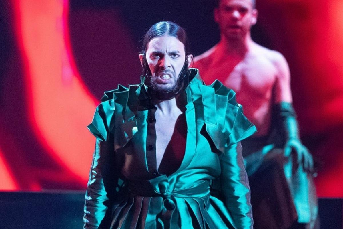 conan osíris Conan Osíris recebeu o prémio de mais mal vestido da Eurovisão