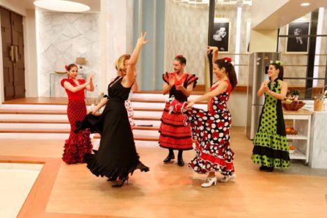Cristina Ferreira Claudio Ramos Sevilha Cristina Ferreira E Cláudio Ramos Surpreendem O Público Com Dança Sevilhana