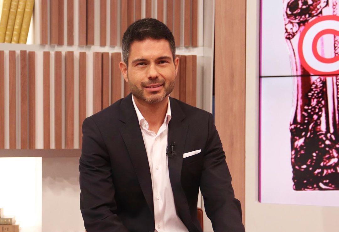 Pedro Lopes Médico Do 'Você Na Tv' Apresenta Sintomas De Covid-19