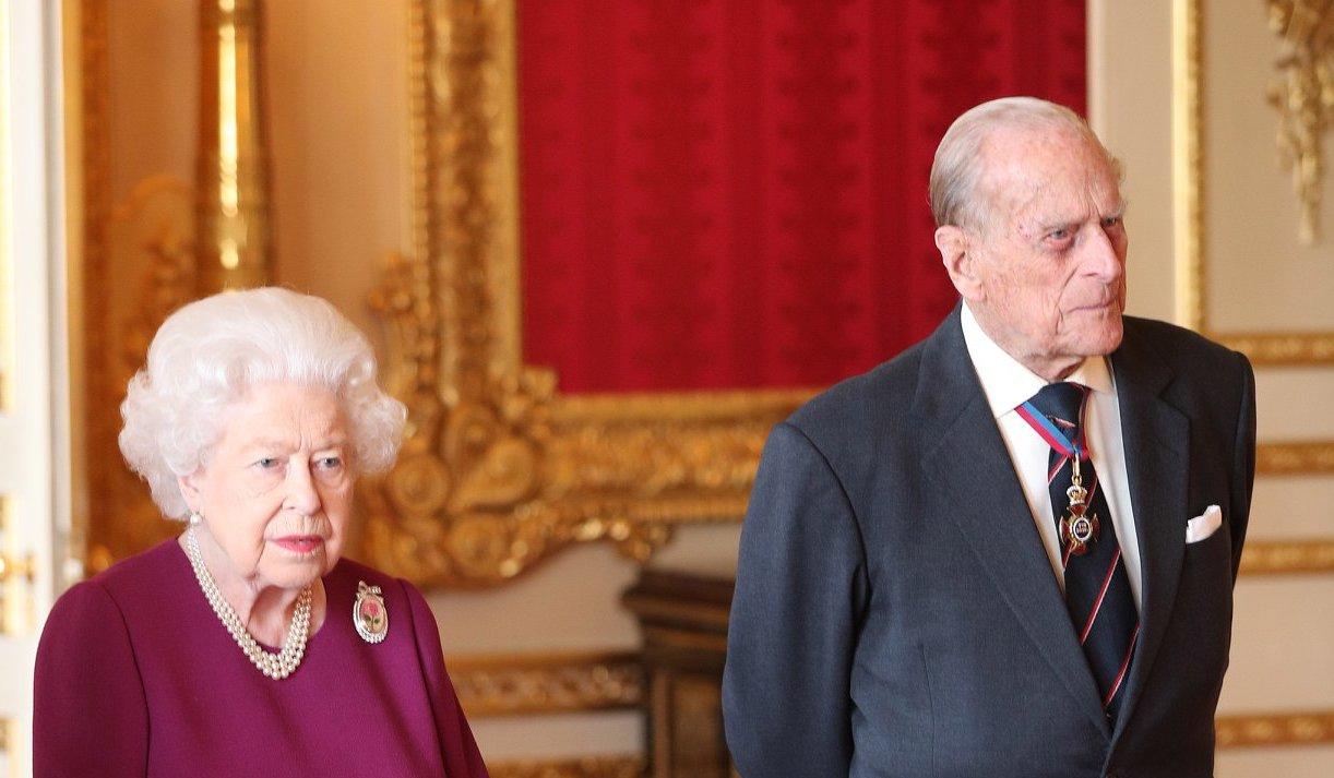 Rainhaeduque Realeza Britânica! Covid-19 Atinge Interior Do Palácio De Buckingham