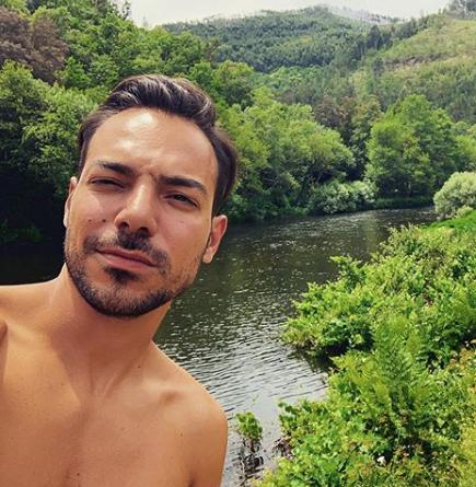 Tiago Aldeia Tiago Aldeia Promove Sorteio Em Que O Prémio É Um &Quot;Nude&Quot; Seu