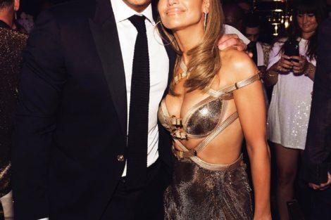 67217646 117769102851687 3768163770280287236 N Jennifer Lopez Surpreende No Seu 50º Aniversário Com Vestido De 11 Mil Euros