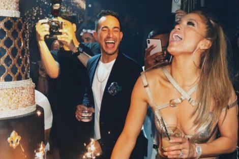 Jennifer Lopez Aniversario Jennifer Lopez Recebe Presente De Luxo Do Noivo
