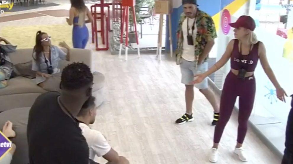 """Elisabete Moutinho acusa Vânia Sá: """"Deixa de ser víbora"""" – A"""