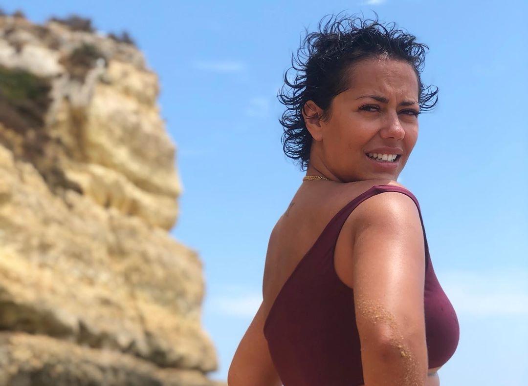 Sofia Ribeiro 2 &Quot;Bumbum Delícia&Quot;. Sofia Ribeiro Mostra-Se Em Biquíni