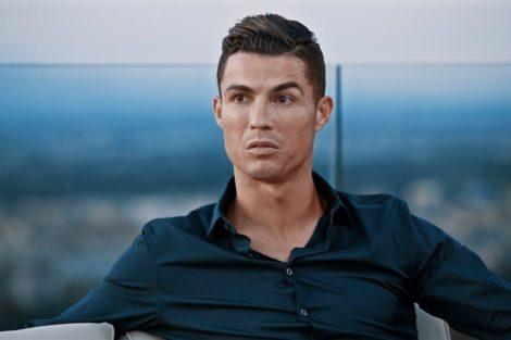 Cristiano Ronaldo 2 Vizinha De Ronaldo Conta Detalhes Sobre A Vida Pessoal Do Craque