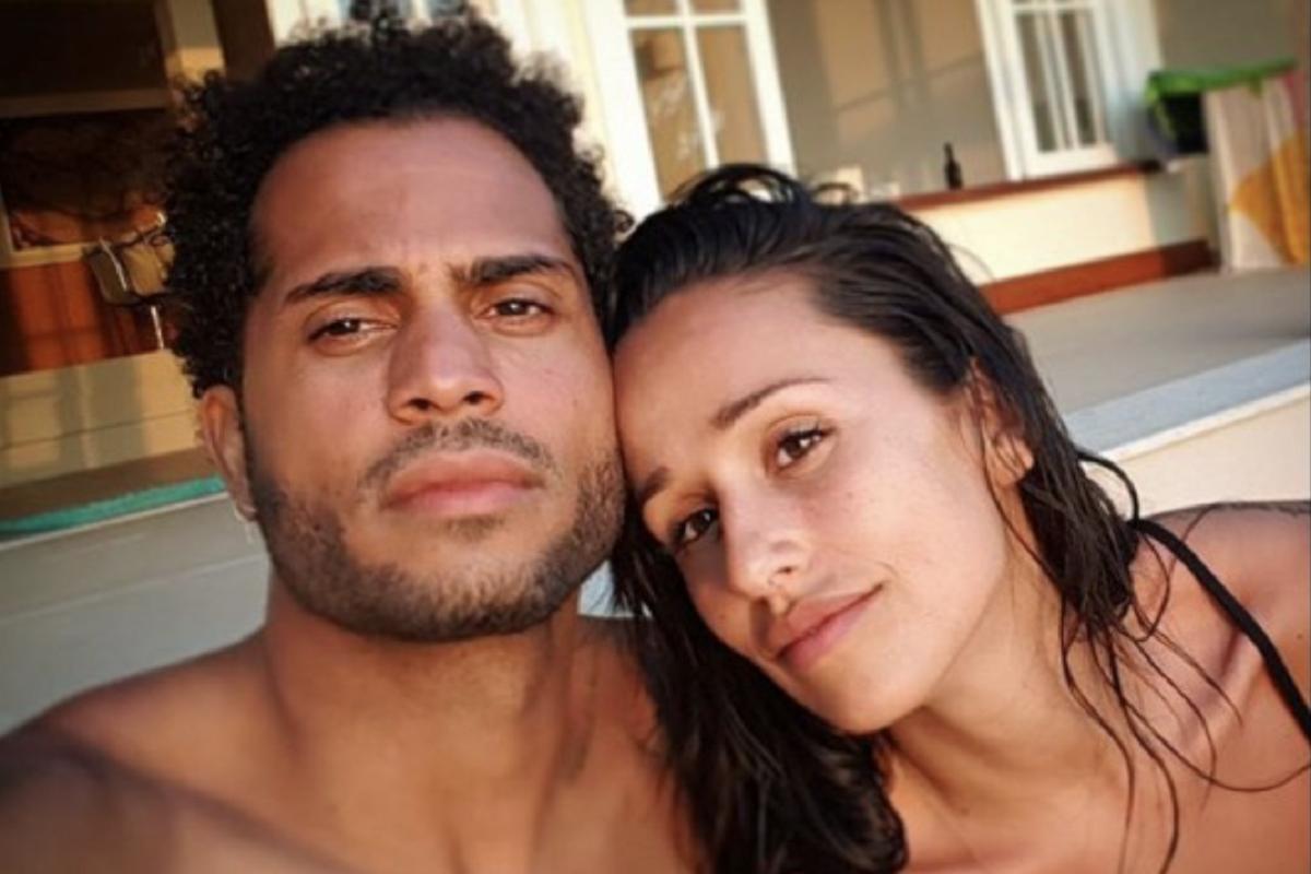 Guillaume Lalung Rita Pereira Com Rita Pereira No Estrangeiro, Namorado Passa O Tempo Assim...