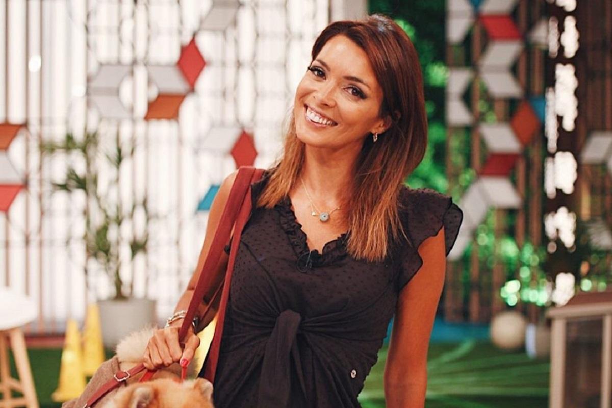 Maria Cerqueira Gomes 2 Filho De Maria Cerqueira Gomes Protagoniza Momento Amoroso No Ginásio