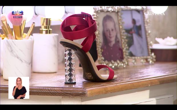 71030584 913811505648675 7913611370413686784 n Aí estão eles! Cristina Ferreira mostra os sapatos que vai usar nos Globos de Ouro