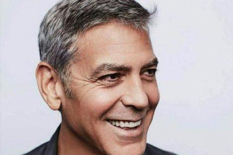 Clooney George Clooney Passeia De Burro Por Madrid