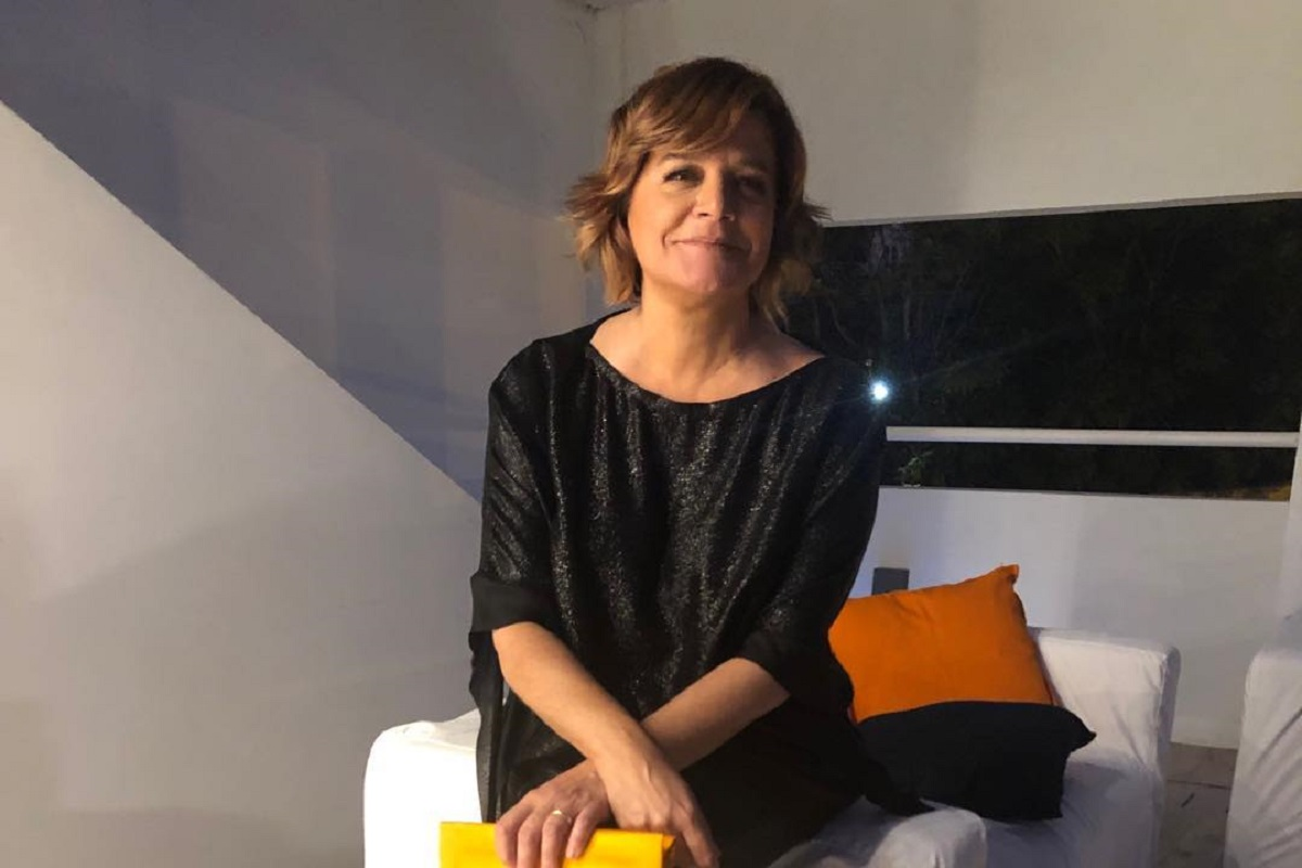 Julia Pinheiro 2 Júlia Pinheiro Partilha &Quot;Fotografia Oficial De Natal&Quot;