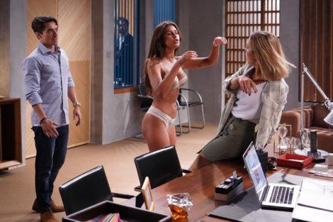 Nazare Carolina Loureiro 1 Sexo Invade Novelas Da Sic E Tvi