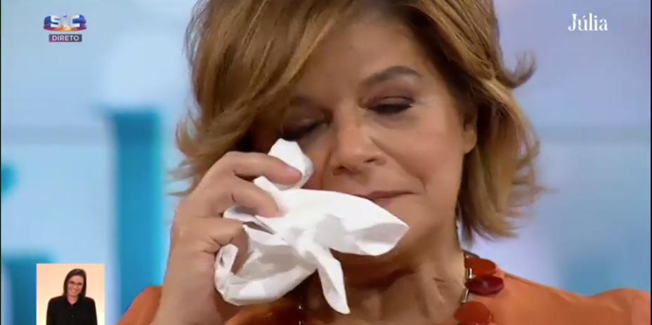 Júlia Pinheiro emociona-se em direto com declaração de amor do marido