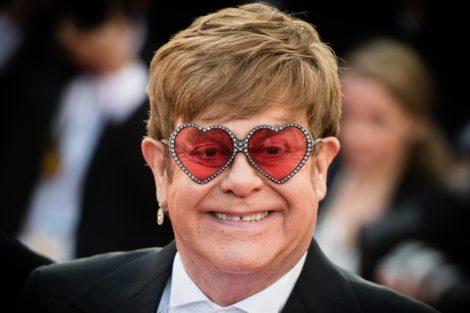 Elton John 1 Elton John Revela Que Isabel Ii Bateu No Sobrinho Numa Festa