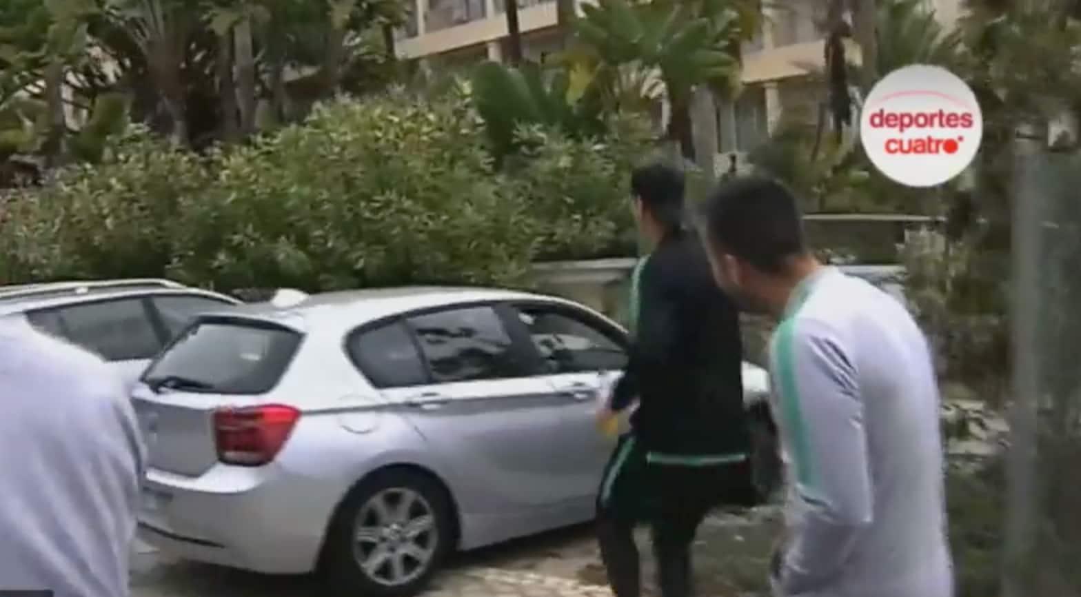 Cristiano Ronaldo Prega Susto Cristiano Ronaldo Assusta Casal Que O Gravava E Rouba-Lhes O Telemóvel