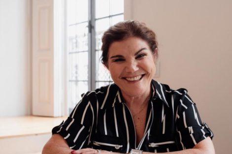 Dolores Aveiro Dolores Aveiro Faz Desafio Aos Fãs E Oferece Um Lanche A Quem Adivinhar A Resposta
