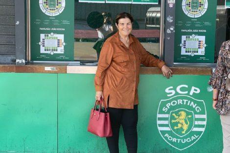 Dolores Aveiro Sporting Cp Dolores Aveiro Usa Truque Em Todas As Fotografias