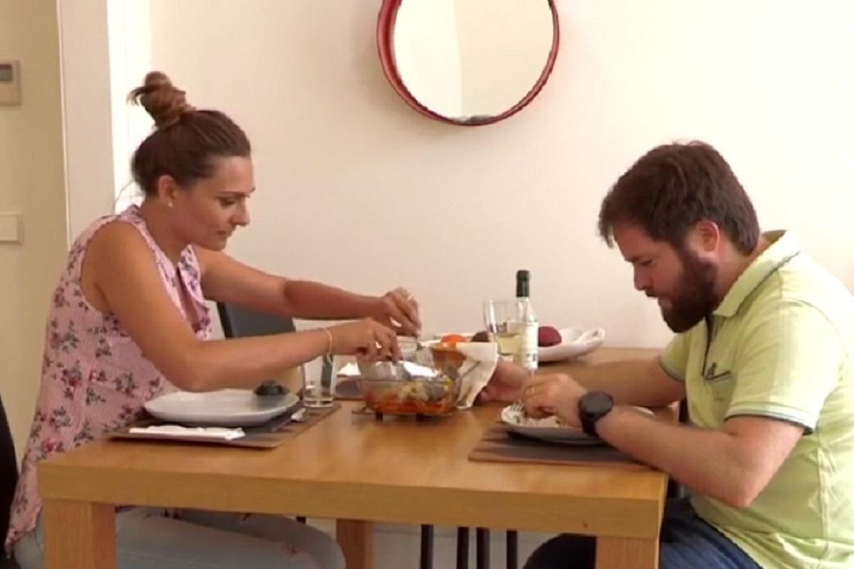 Tatiana Bruno Casados A Primeira Vista Casados! Bruno Adota Atitude De Criança E Tatiana Passa-Se Com Ele