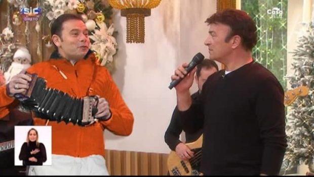 80081317 499289587377179 5673588198140280832 N Sic. Luís Montenegro Mostra Dotes Musicais Ao Lado De Tony Carreira