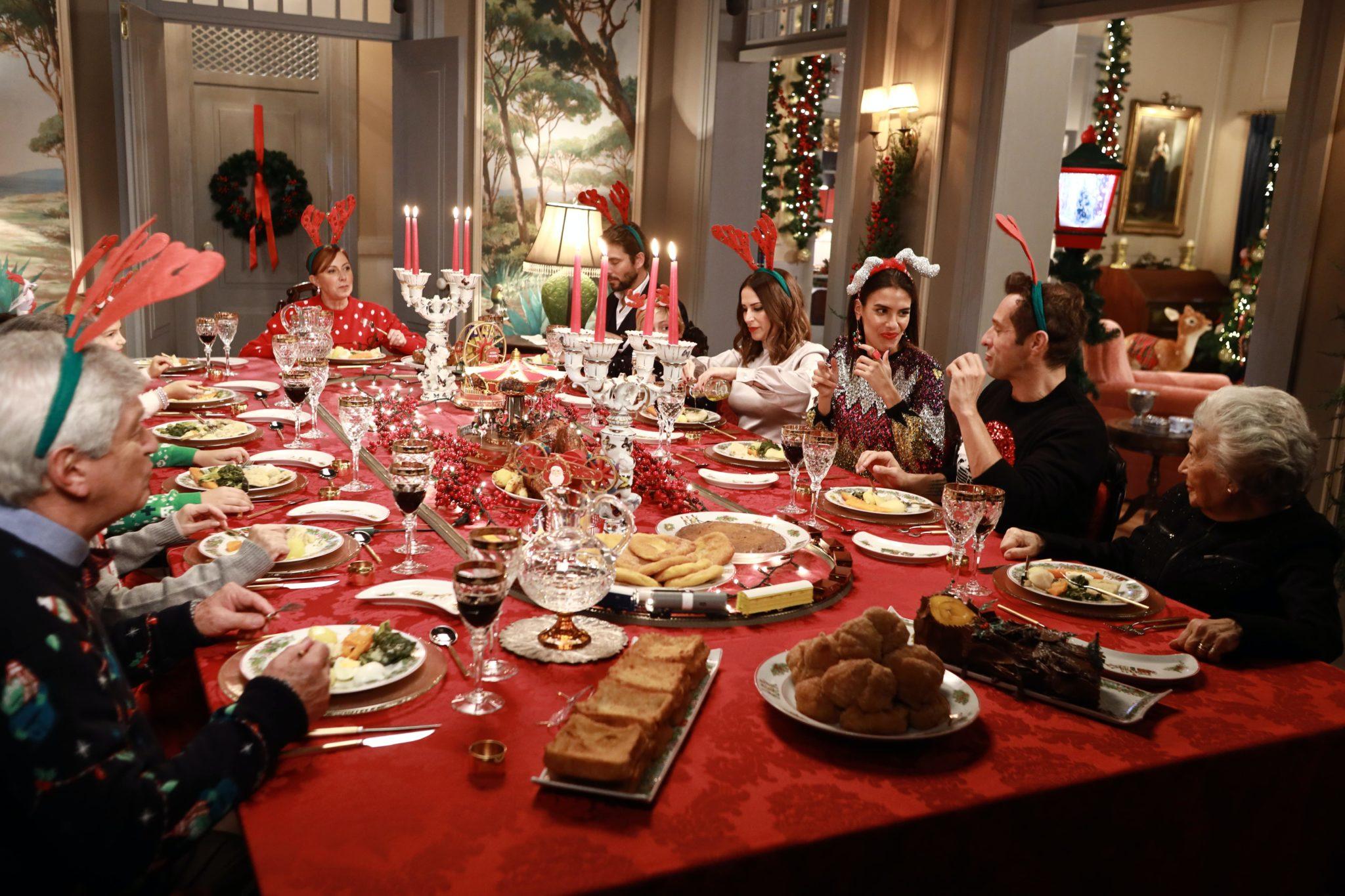 Golpe De Sorte Um Conto De Natal 16 Scaled 'Golpe De Sorte: Um Conto De Natal' Derruba A Concorrência