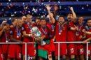 Cristiano Ronaldo Portugal Euro 2016 Ronaldo Ficou Bêbado Com Uma Taça De Champanhe Após Conquista Do Euro 2016