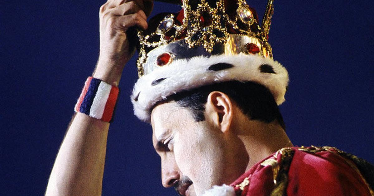 Freddie Mercury Vocalista Queen Freddie Mercury Continua A Enviar Presentes Para A Família