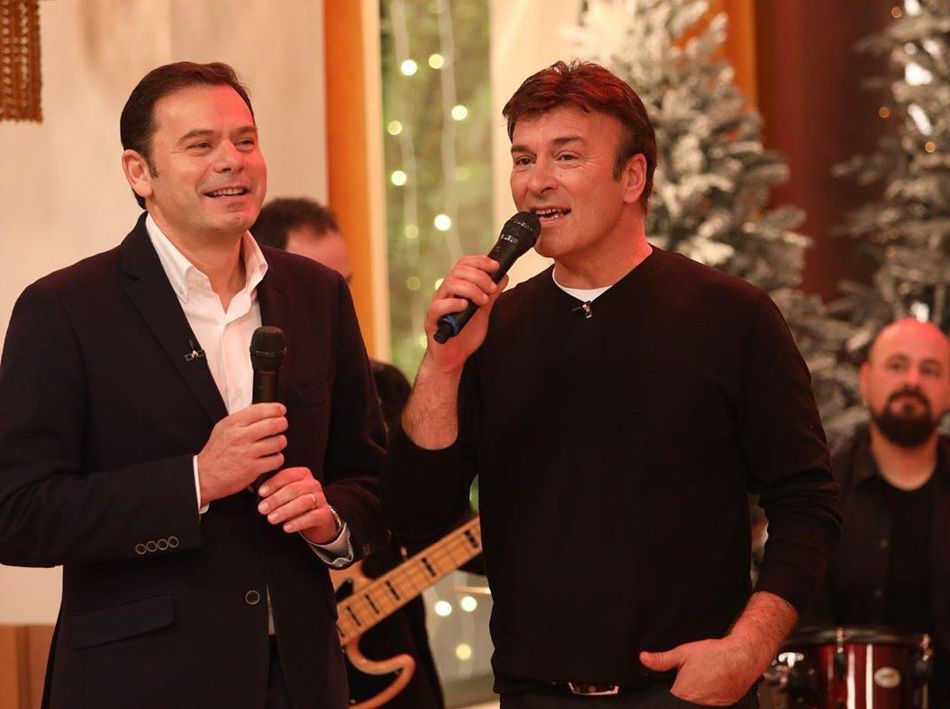 Montenegro E Tonu E1576881346139 Sic. Luís Montenegro Mostra Dotes Musicais Ao Lado De Tony Carreira
