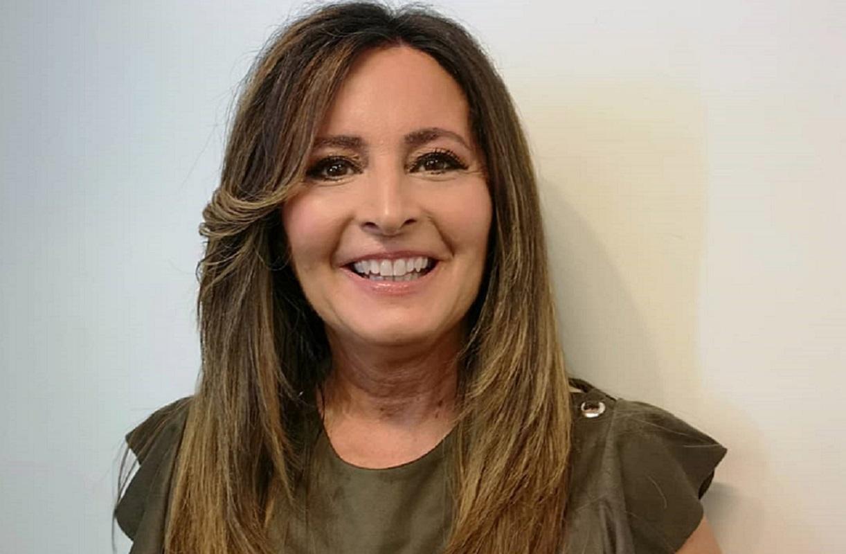 Seenella Andrade Serenella Andrade Preocupada Com Família Que Vive Na Itália