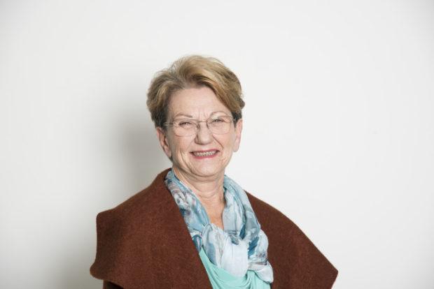 Elizabeth Rose Amigos Improvaveis Amigos Improváveis. Conheça Os Seniores Que Vão Participar