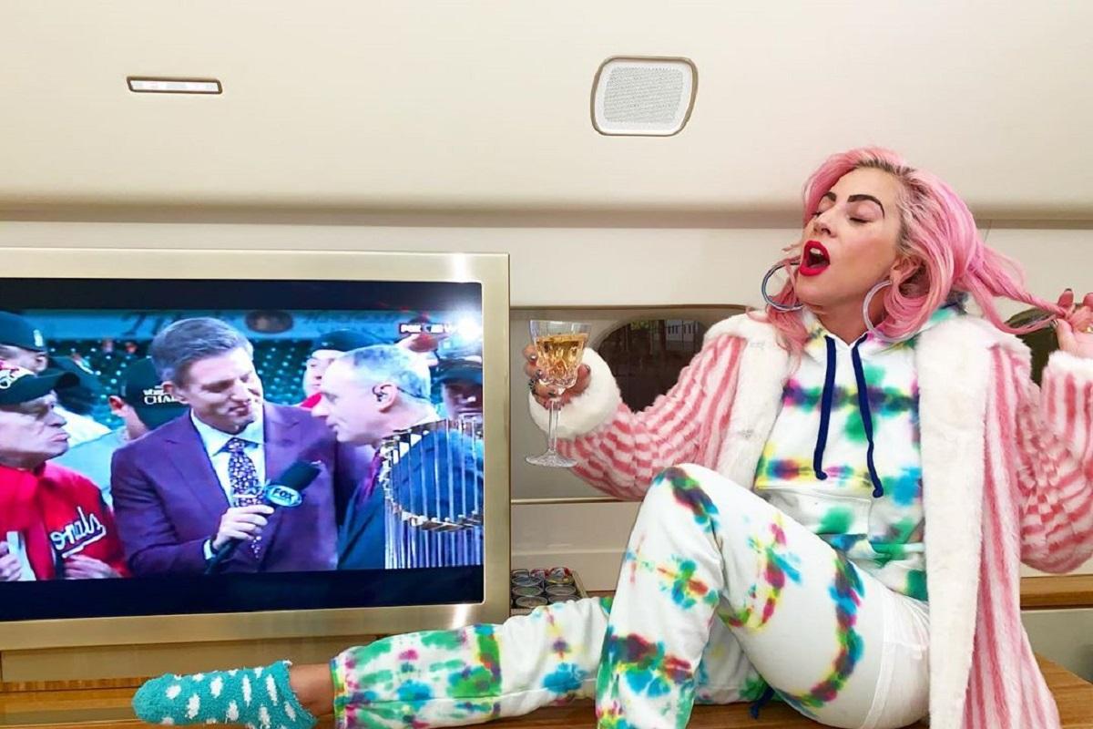 Lady Gaga 1 Drama! Cantora Lady Gaga Assume Que Foi Violada