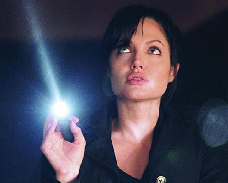 """angelinajolie offiicial 85224695 1208624362667726 2725479308542177578 n Angelina Jolie preocupada com as filhas: """"Passei os últimos dois meses a entrar e sair de cirurgias"""""""