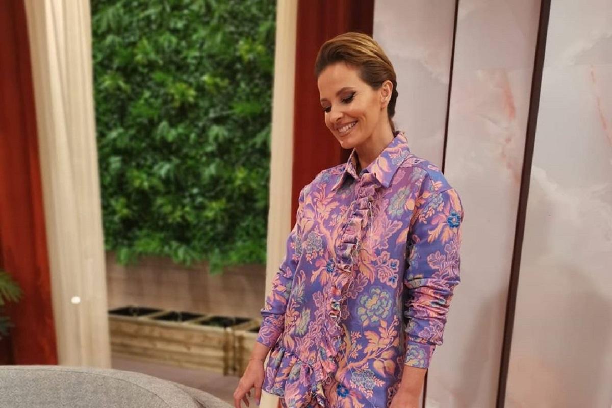 Cristina Ferreira 18 Cristina Ferreira Surge Com Look Diferente... E Os Fãs Dão A Respetiva Avaliação!