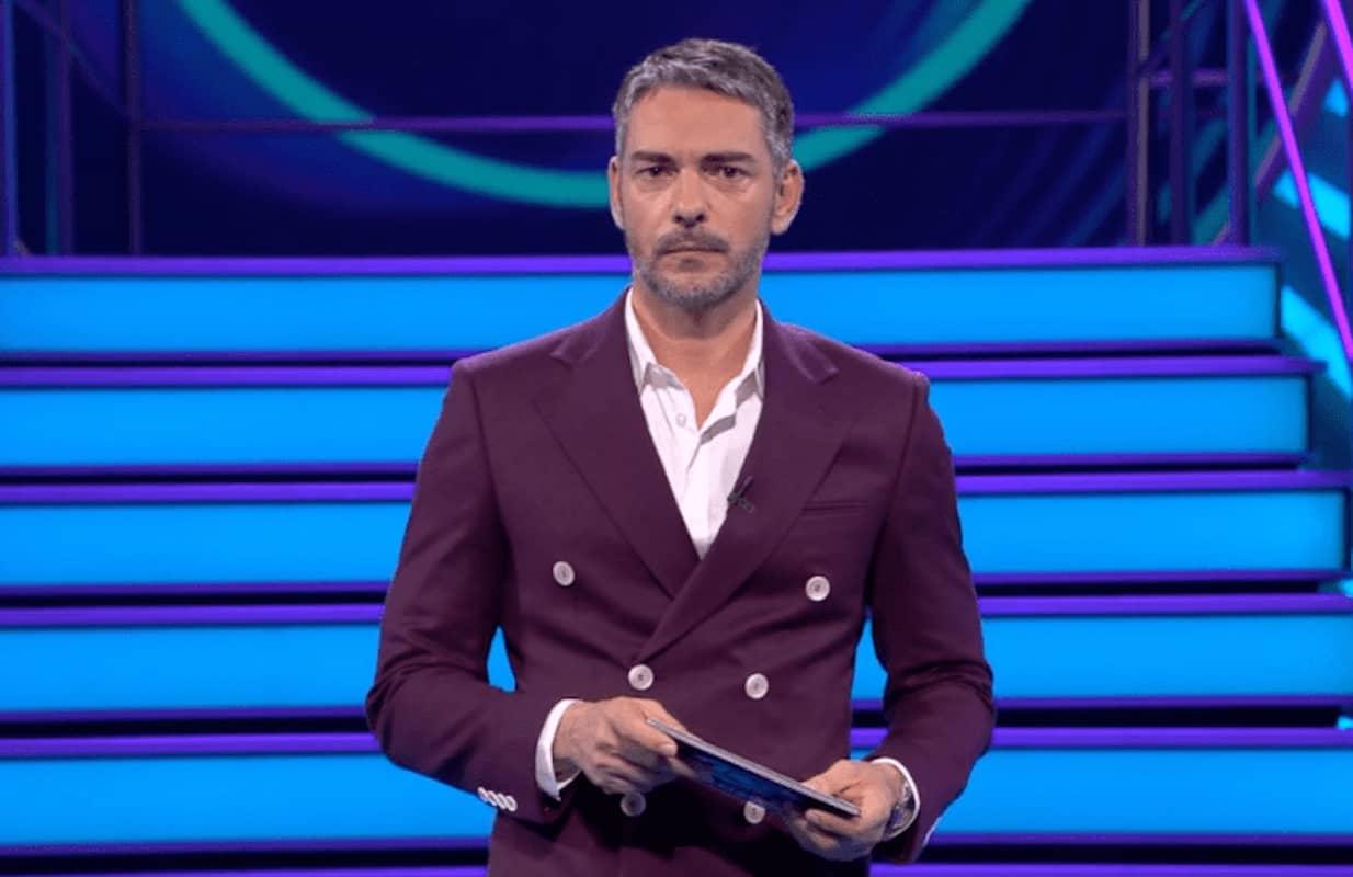 Big Brother Claudio Ramos Estreia Big Brother 2020. Veja A Abertura Do Reality Show Com Cláudio Ramos