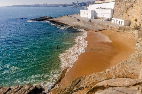 Praia Praia No Verão Não Vai Ser Para Todos. Muitas Restrições Em Portugal