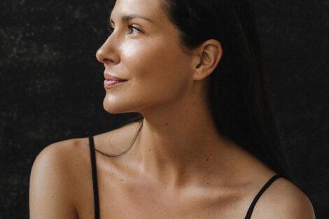 Soraia Chaves Soraia Chaves Vai Às Compras Com A Máscara Ao Contrário E É Chamada A Atenção