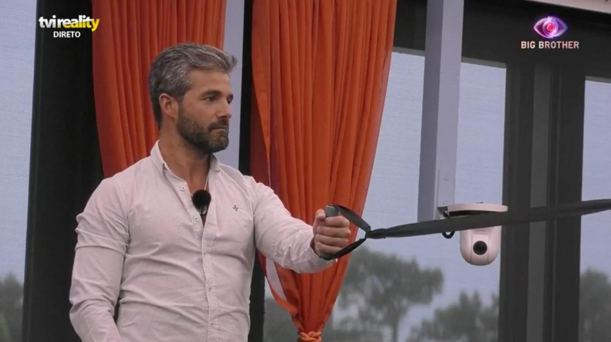 Helder Big Brother 1 Scaled Big Brother. Hélder Atira: &Quot;Para Mim As Mulheres São Todas Iguais&Quot;