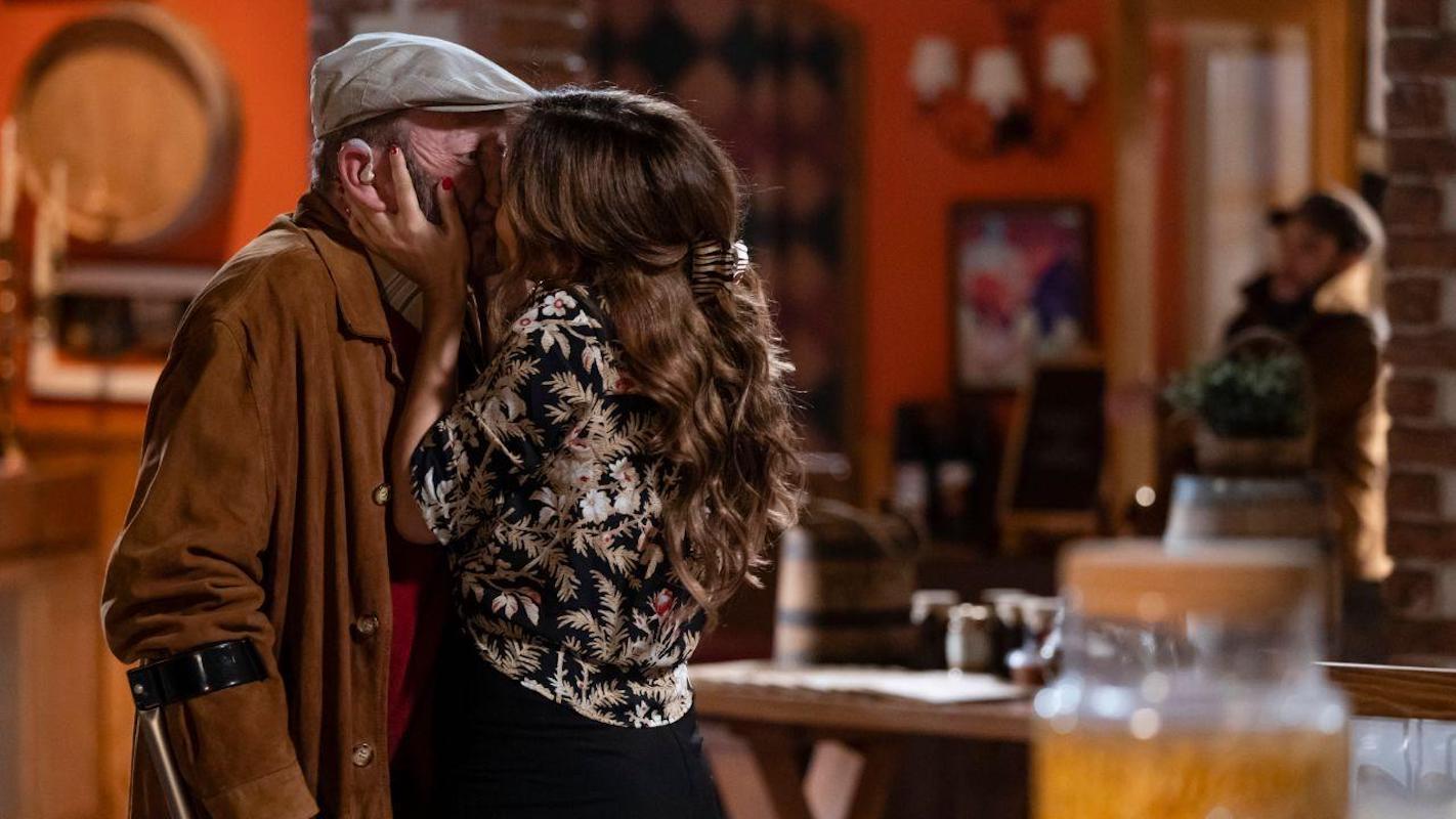 quer o destino Hoje em 'Quer o Destino': Hugo apanha Patrícia e Alfredo em flagrante