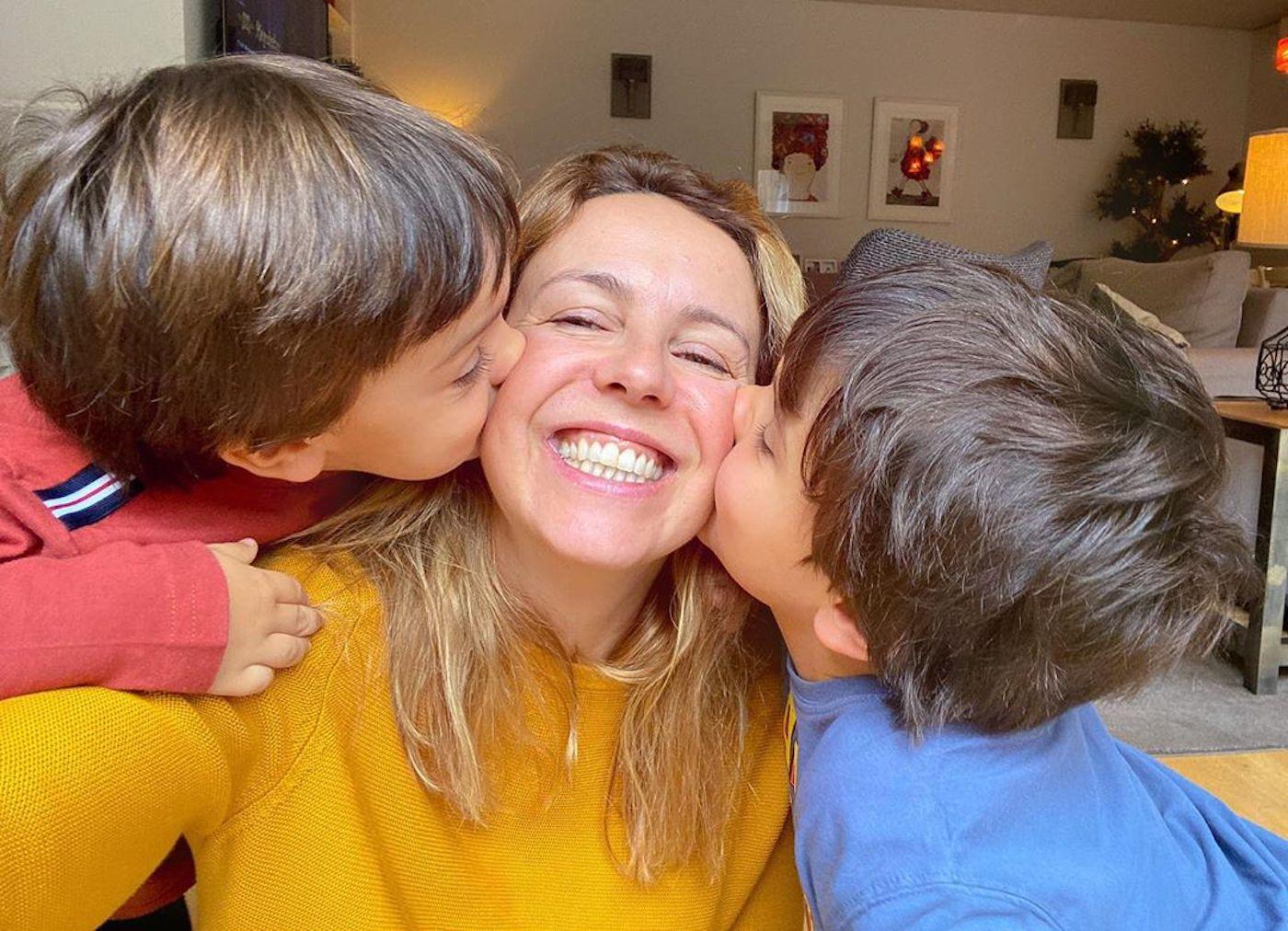 Tania Ribas De Oliveira Filhos Tânia Ribas De Oliveira Partilha Rara Fotografia Com Os Dois Filhos