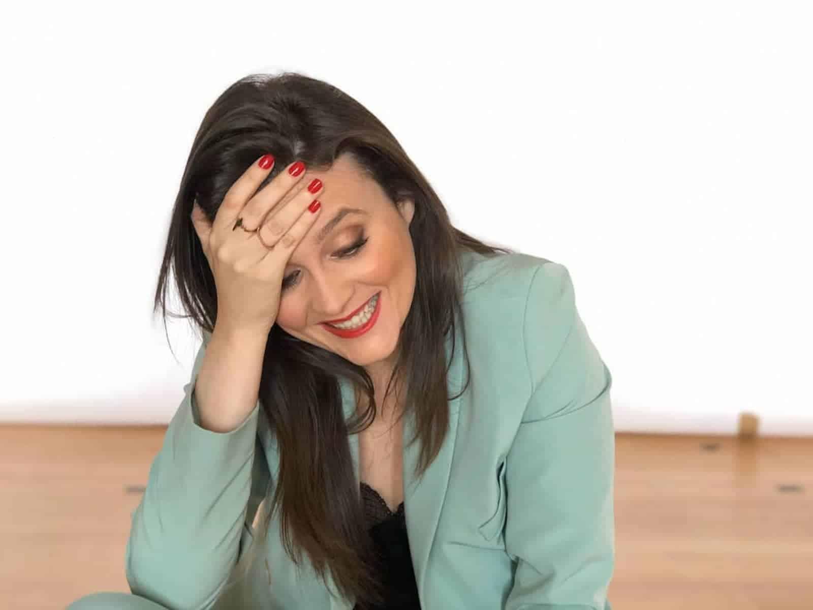 Ana Arrebentinha 1 &Quot;É Uma Vergonha Para As Mulheres&Quot;. Ana Arrebentinha Reage A Crítica De Fã