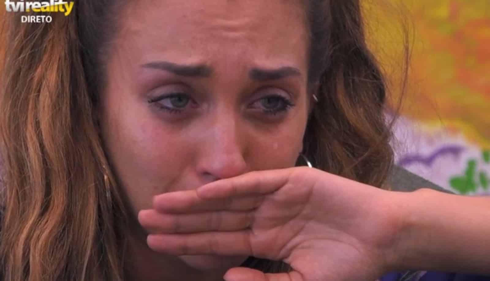Big Brother Iury Big Brother: Após Avião Da Mãe, Iury Chora E Fala Em Desistir Do Big Brother
