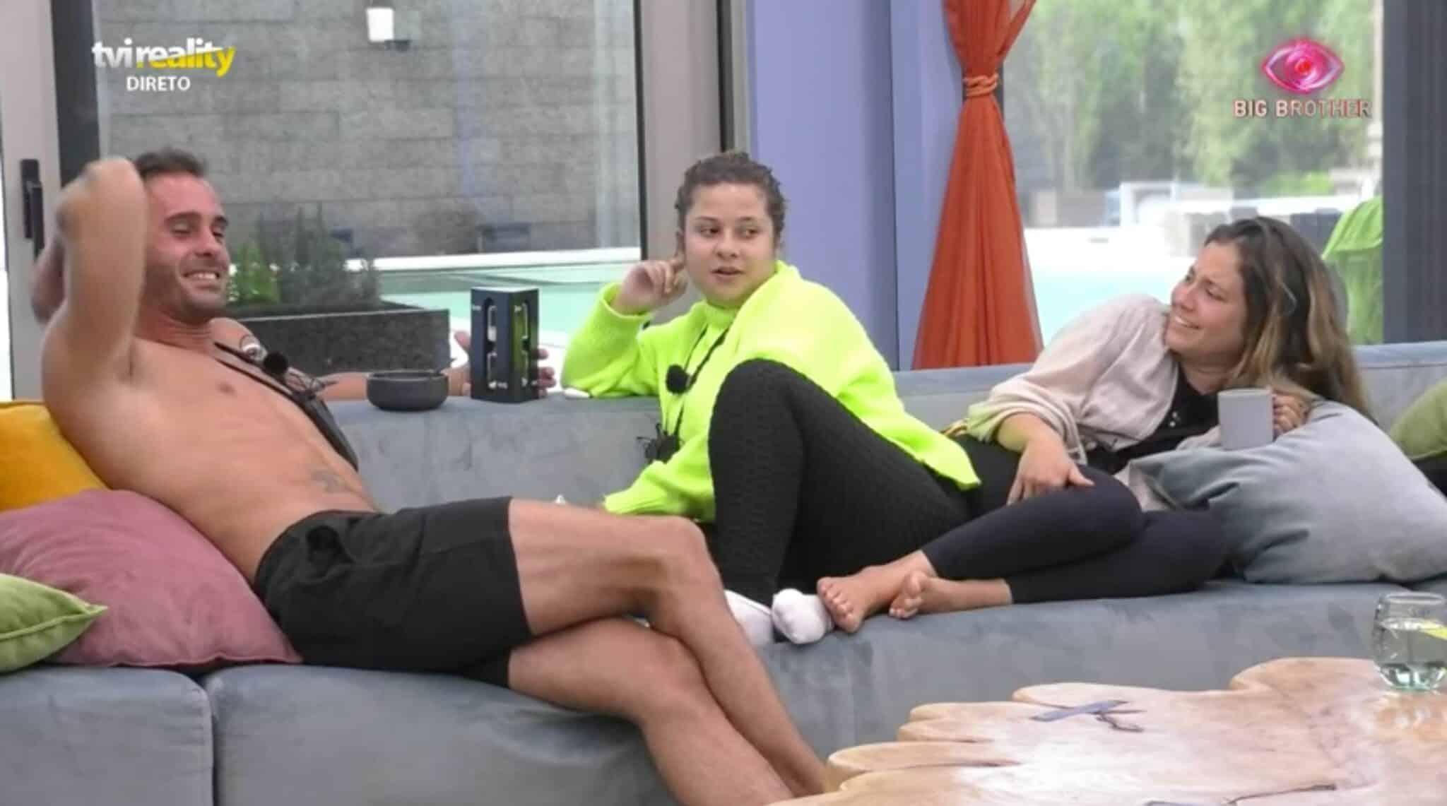Big Brother Sandrina Ana Catharina Scaled Big Brother. Sandrina Manda Nova Calinada: &Quot;Tenho Uma Fã Da Ampulheta Da Serra&Quot;